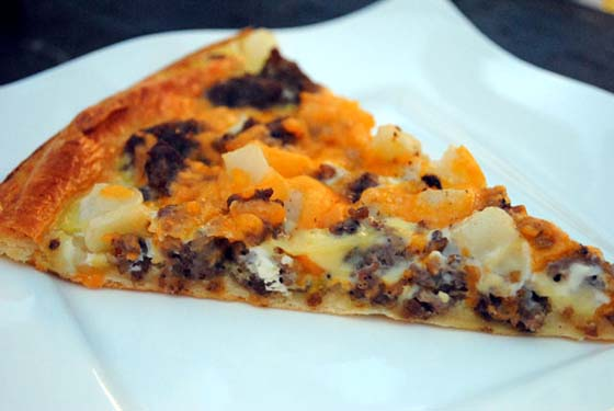 Breakfast Crescent Pizza