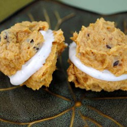 Pumpkin Chocolate Chip Sandwiches