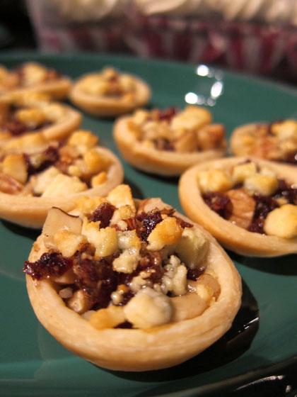 Gorgonzola, Date and Walnut Tartlets