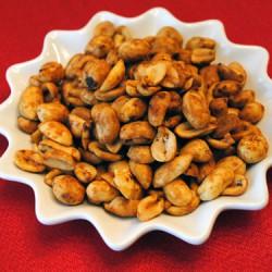 Smoky Spicy Peanuts