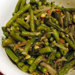 Garlic-Roasted Green Beans and Shallots with Hazelnuts