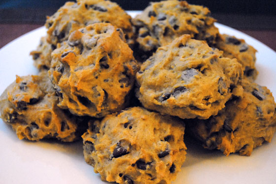 Oreo-stuffed Pumpkin Chocolate Chip Cookies