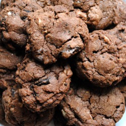 Triple Chocolate Oreo Chunk Cookies