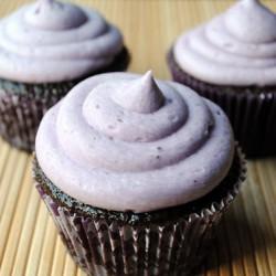 Blackberry Chocolate Cupcakes