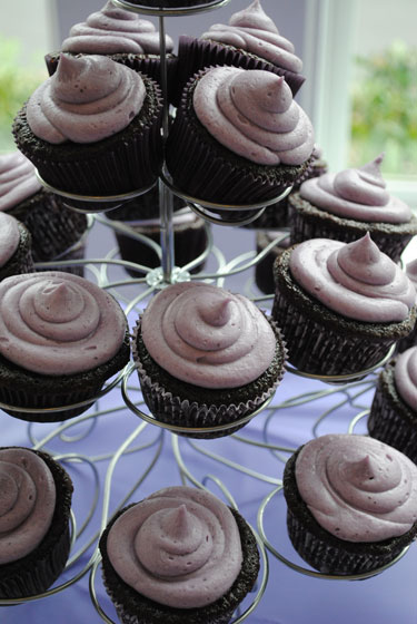 Blackberry Chocolate Cupcakes Tree