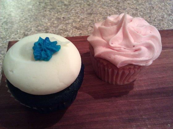 Blue Velvet Cupcakes 2-Pack