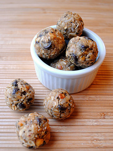 No Bake Oatmeal Bites