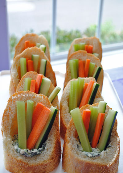 Spinach Dip with Veggies in Baguettes by So, How's It Taste? www.sohowsittaste.com