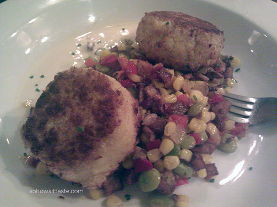 Lump Crab Cakes on So, How's It Taste? www.sohowsittaste.com