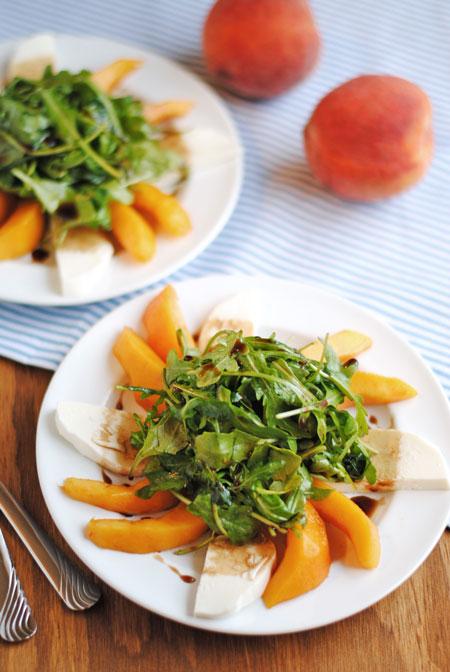 Peach & Fresh Mozzarella Arugula Salad