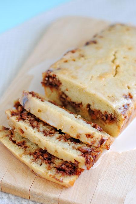 Cinnamon Roll Quick Bread