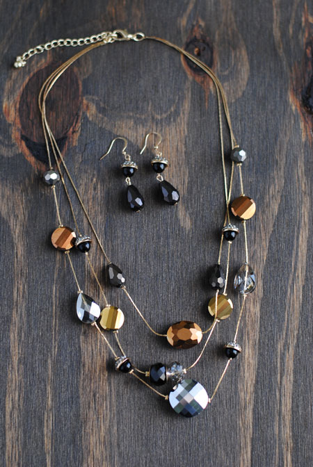 Black & Gold Bead Necklace with Earrings