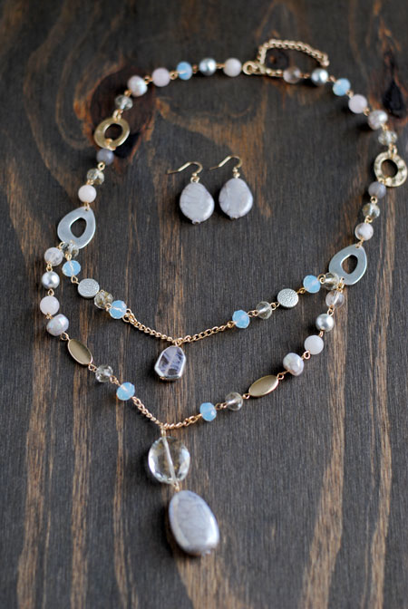 White & Gold Necklace and Earrings